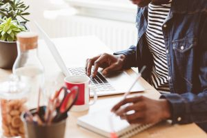 Read more about the article 3 Ways To Hire The Right Content Writer For Your Brand