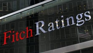 Read more about the article Fitch forecasts Pakistani rupee to weaken further in 2022