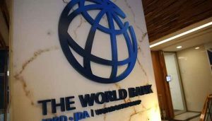 Read more about the article World Bank lowers Pakistan's GDP growth prospects