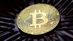 Read more about the article Bitcoin tops $60,000 on US fund approval hopes